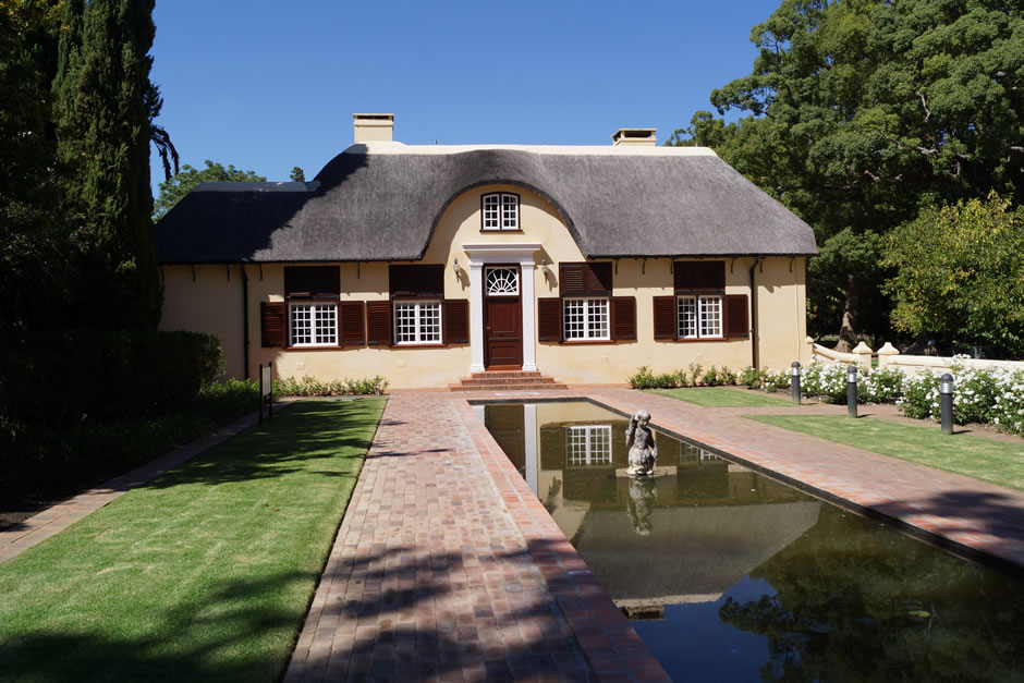quinns-holiday-gallery-vergelegen-wine-estate
